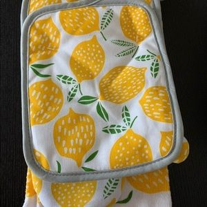 New 5pc Kitchen Lemon Decor set